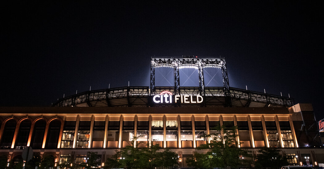 As Steve Cohen Closes In on Mets, Discrimination Claims Solid a Shadow
