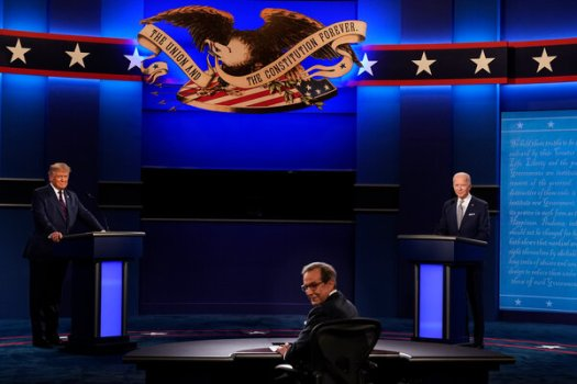 Chris Wallace, the Fox News anchor, moderating the presidential debate between President Trump and former Vice President Joseph R. Biden Jr. on Tuesday.
