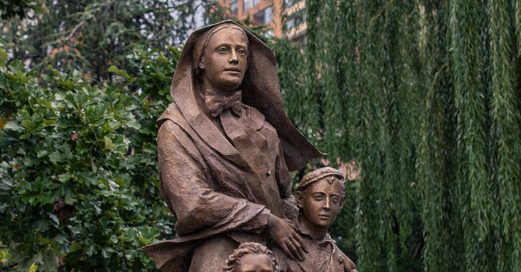 Cuomo Unveils Statue of Mother Cabrini