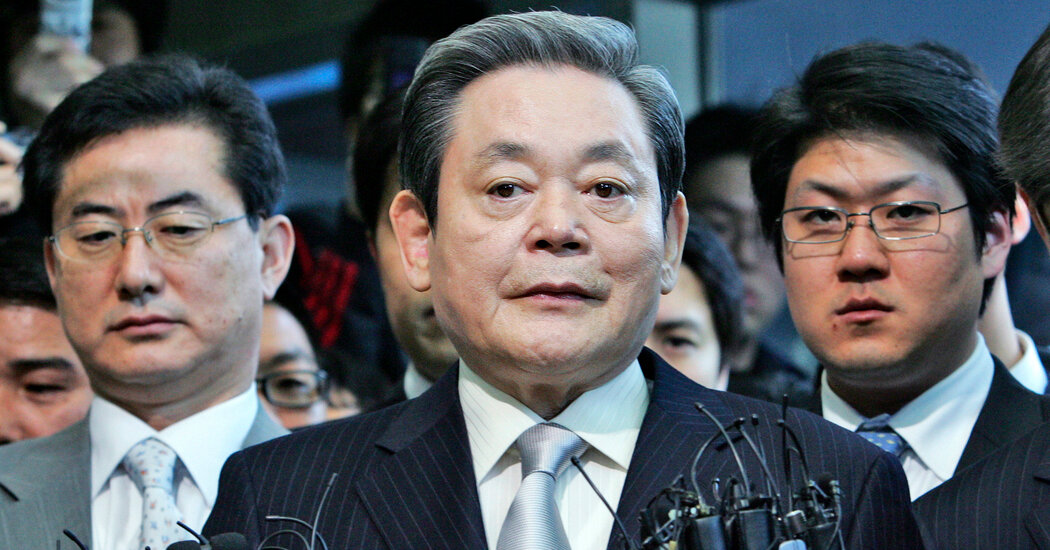 Lee Kun-hee, Who Built Samsung Into a Global Giant, Dies at 78
