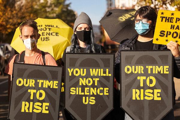 Manifestantes cerca de la Casa Blanca el jueves.