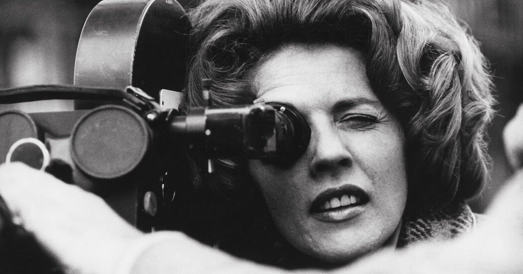 Nelly Kaplan, whose films explored female strength, dies of Covid at 89.