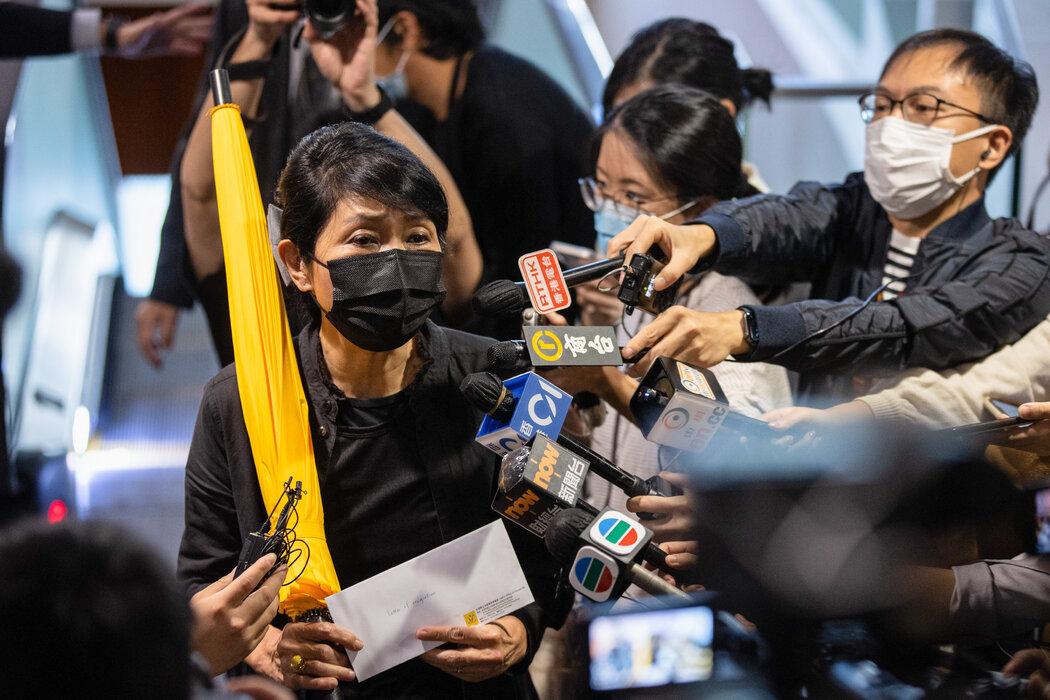 香港民主運動未死 - 紐約時報中文網