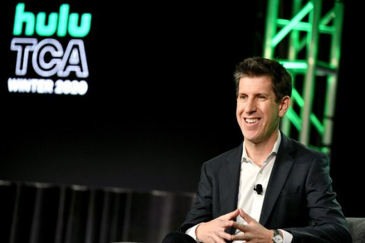 Craig Erwich, the longtime head of original programming at Hulu, will now also oversee ABC Entertainment.