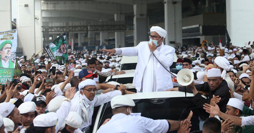 Rizieq Shihab, Back in Indonesia, Calls for 'Moral Revolution'