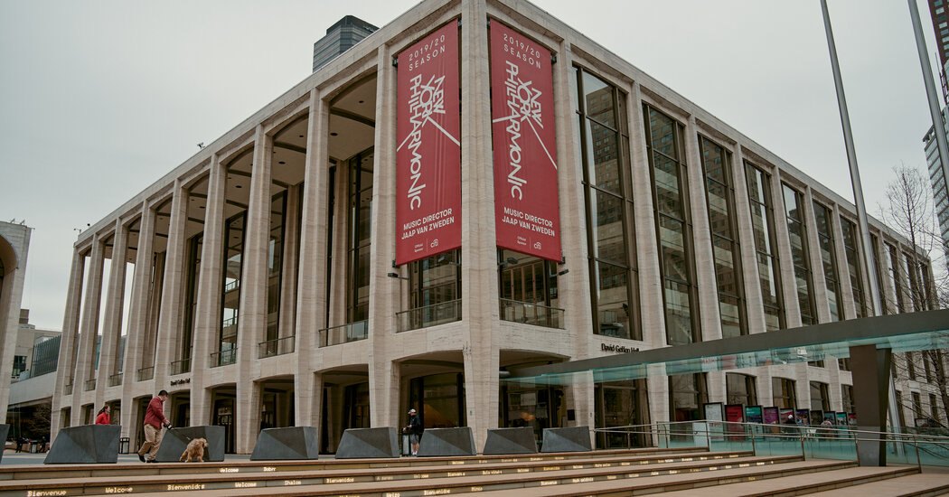 New York Philharmonic Musicians Agree to Years of Pandemic Pay Cuts