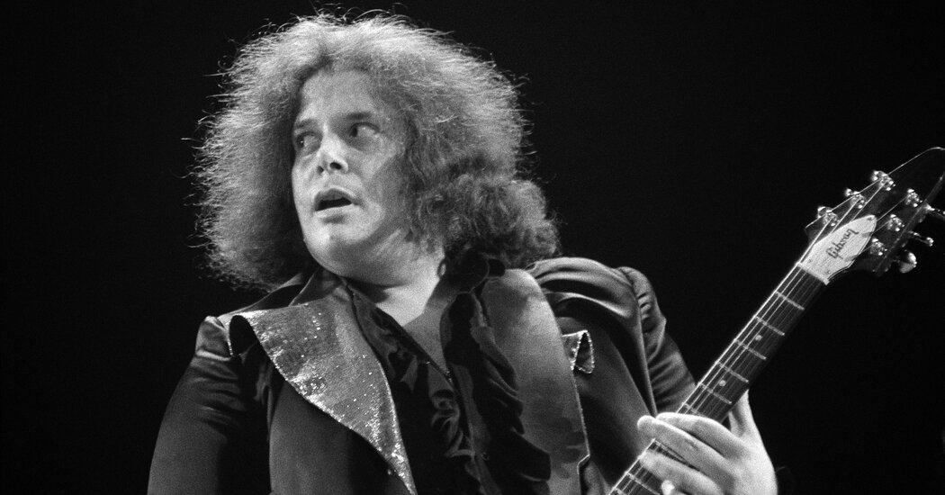 Leslie West, 'Mississippi Queen' Rocker, Is Dead at 75