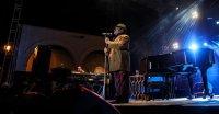 Armando Manzanero, Mexican composer of hits by Luis Miguel, Elvis Presley, dead at 86