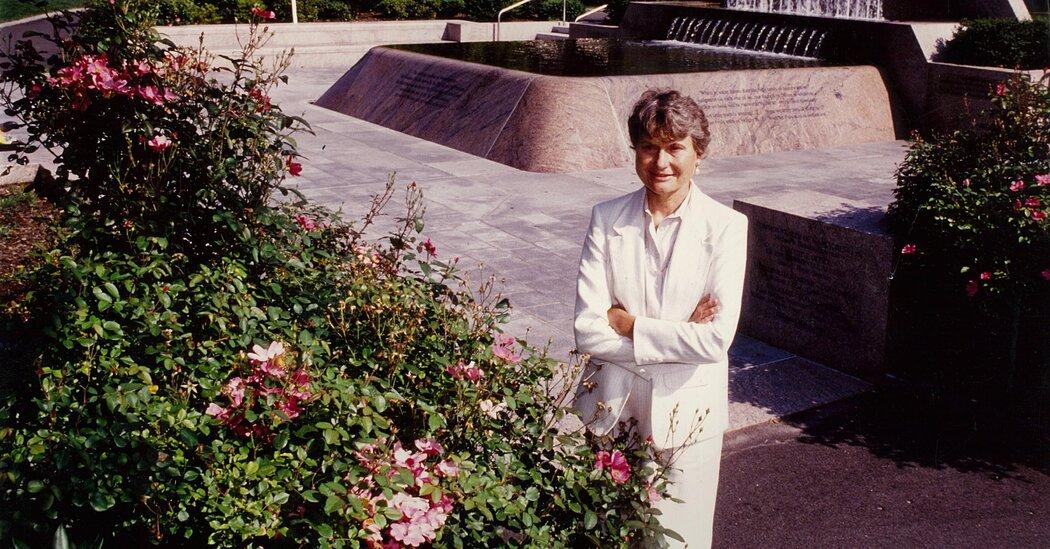 Carol Johnson, Leading Landscape Architect, Dies at 91