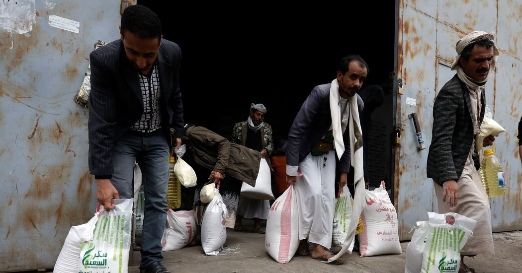U.S. Rush to Declare Houthis Terrorists Threatens to Halt Aid to Yemen