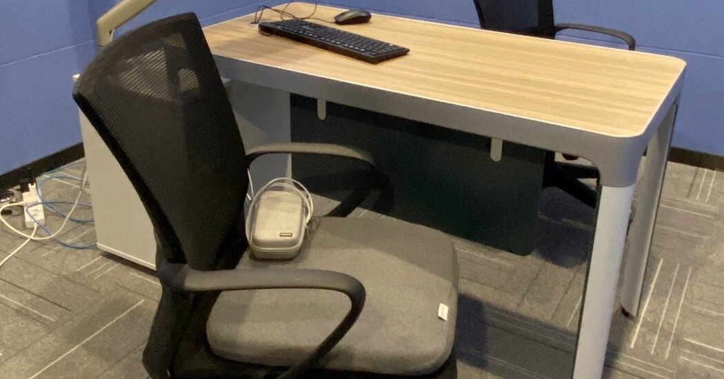 This 'Smart' Office Cushion Tells You to Stop Slouching. It Also Records Your Absence.
