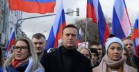 Navalny Prepares to Fly to Moscow, Despite Threat of Arrest