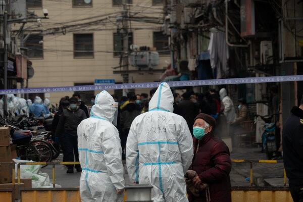 A police cordon on a street in Shanghai following a suspected coronavirus infection on Thursday.