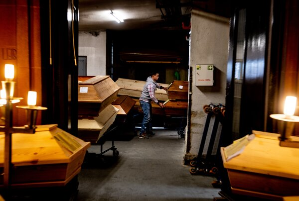 Because of the high number of deaths related to the coronavirus, a crematorium in Meissen, Germany, is struggling to store coffins.