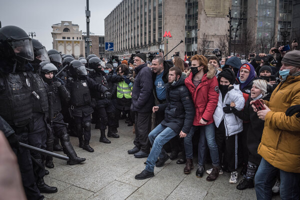 Tens of thousands of protesters across Russia demonstrated on Saturday in response to the jailing of the opposition leader Aleksei A. Navalny.