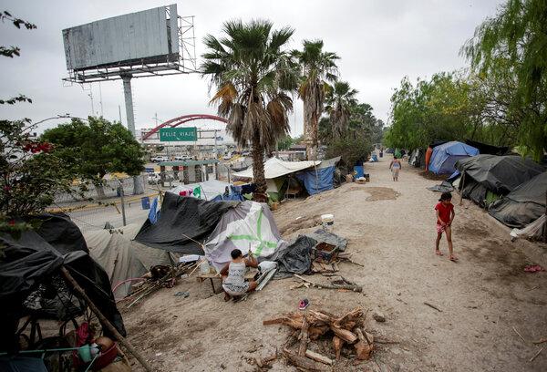 Un campamento de más de 2000 migrantes que buscan asilo en Estados Unidos, el año pasado en Matamoros.