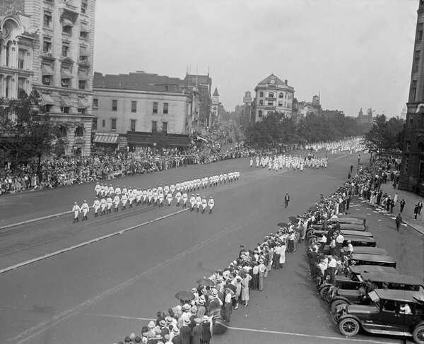 There were an estimated four to six million Klan members in 1925, when the group marched in Washington.