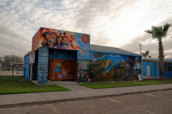 """The mural """"Braceros: A Legacy of Triumph"""" by Raúl Valdez, coordinated in collaboration with San Juan, Texas; the Smithsonian Institution; and the University of Texas-Pan American Center for Mexican American Studies in San Juan."""