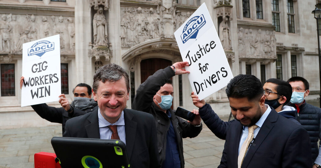 In a First, Uber Agrees to Classify British Drivers as 'Workers'