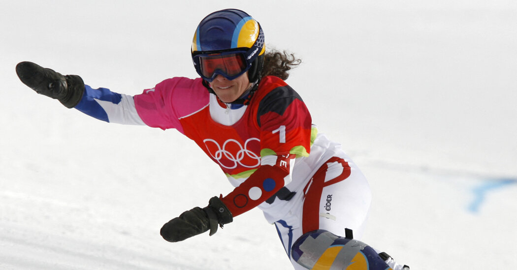 Julie Pomagalski, Former Olympic Snowboarder, Is Killed in an Avalanche