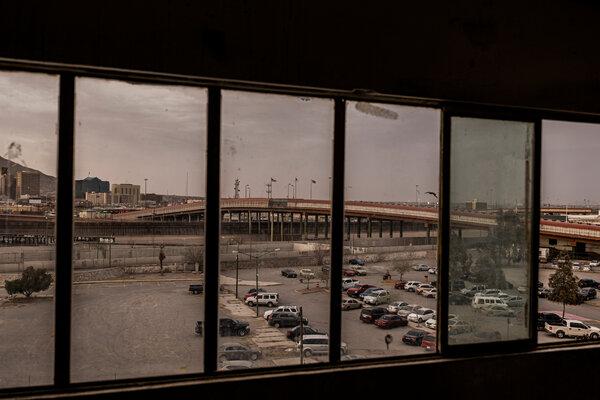 A bridge connecting Ciudad Juárez and El Paso, Tex., seen from a migrant shelter in Mexico.