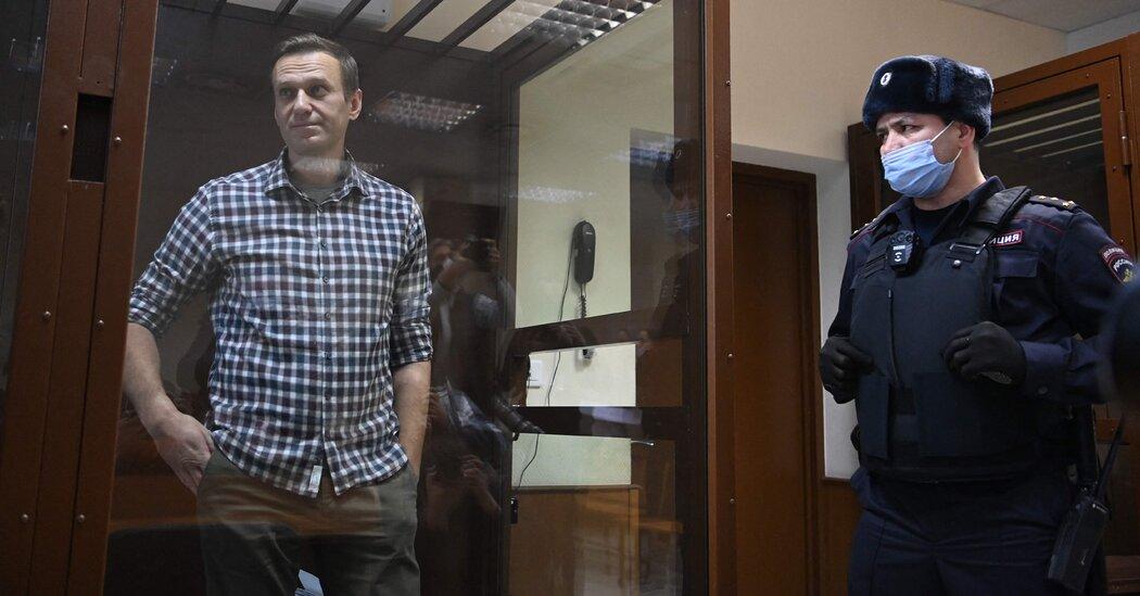 Aleksei Navalny's Health in Prison Is Dire, His Doctors Say