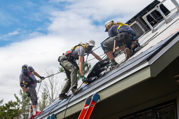 Tesla has been losing market share even as demand for rooftop solar power has grown.