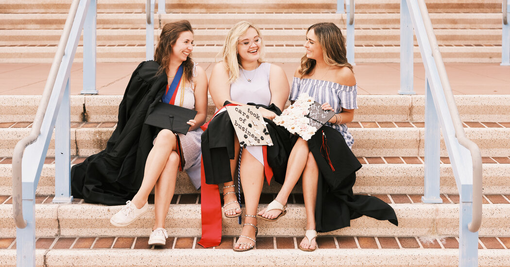 The Many Ways Colleges Are Handling Covid-Complicated Graduations