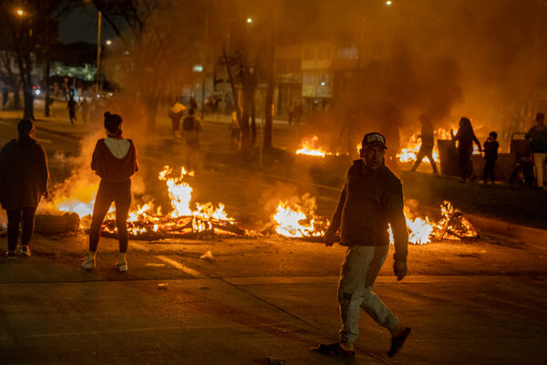 There were road blocks, fires and riots in southern Bogotá on Tuesday after a week of protests and strikes over tax reforms proposed by the Colombian government.