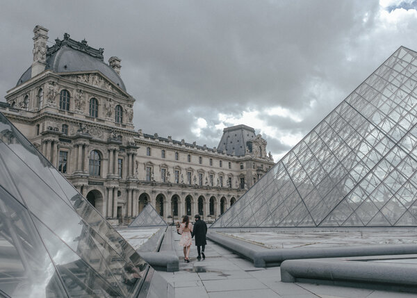 Visitors at the entrance of the Louvre in Paris last week.