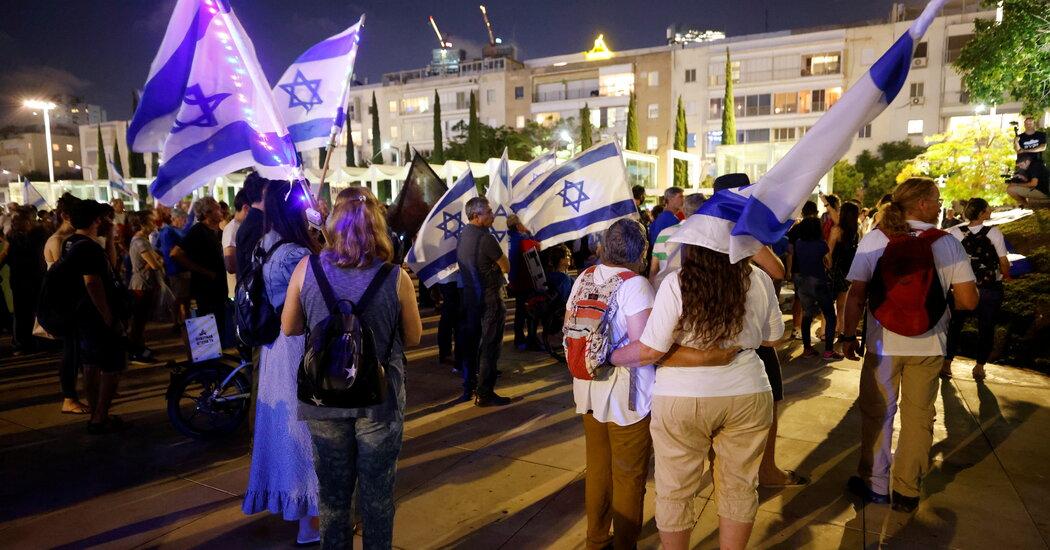 Israel on Edge as Politicians Wrangle Over Coalition to Oust Netanyahu