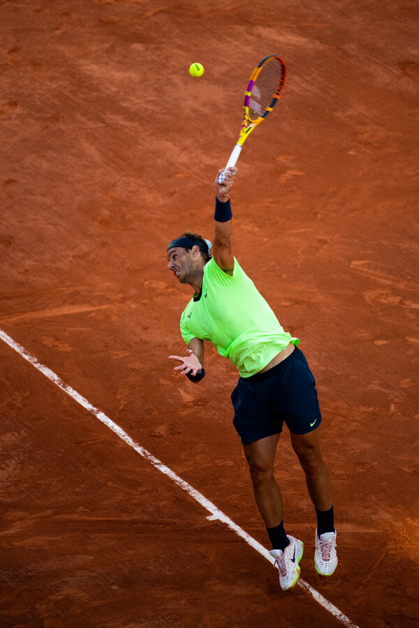 Nadal serves in the first set.