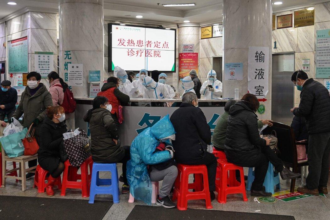 2020年1月,武汉红十字医院的病人。