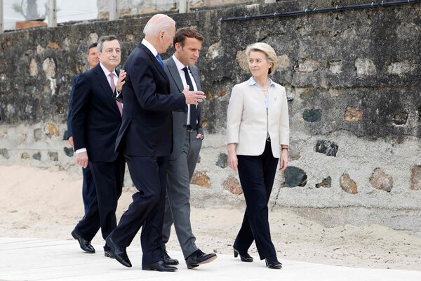President Biden with President Emmanuel Macron of France, center, Prime Minister Mario Draghi of Italy, left, and the European Commission president, Ursula von der Leyen, in Carbis Bay, England, on Friday.
