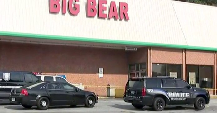 Customer Fatally Shoots Cashier in Argument Over Mask at Georgia Supermarket