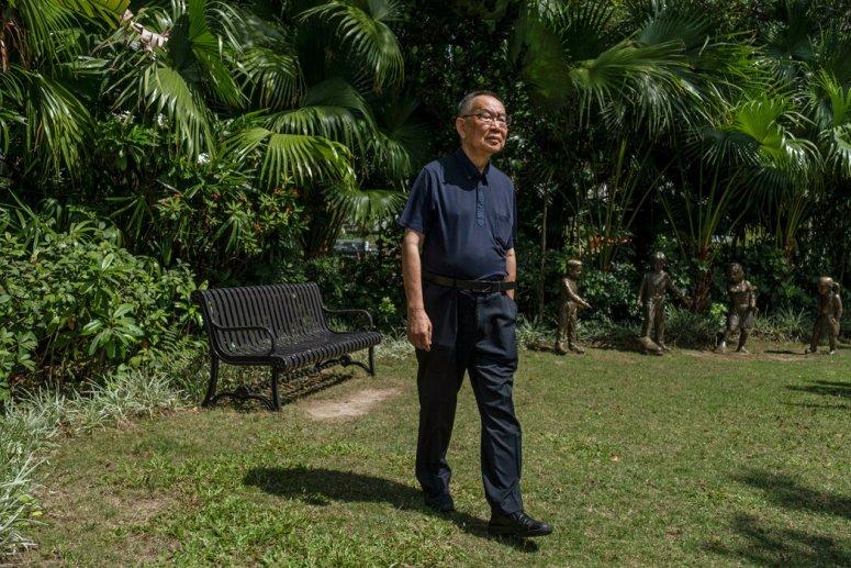 5月,歷史學家余汝信在香港。他的作品《風暴歷程》讓讀者對「文革」期間軍隊的核心角色有了新的認識。