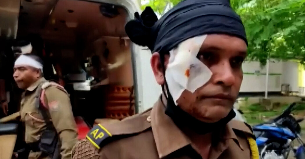 India Border Clash Leaves at Least 5 Dead