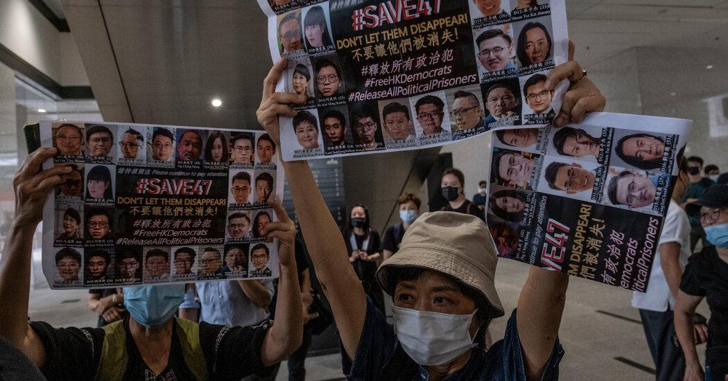 Biden Defers Deportation of Hong Kong Residents in U.S.