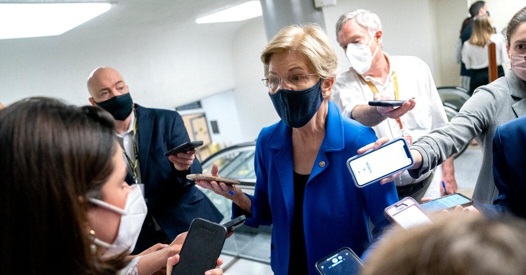 Warren Plans to Propose Minimum Tax on Corporate Profits