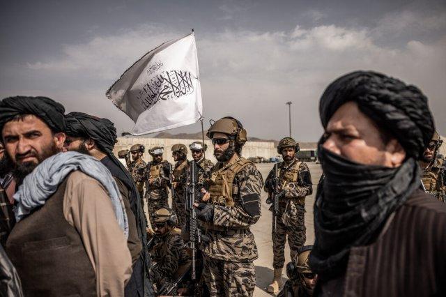 拜登发表讲话的时间与美国在9·11袭击后将塔利班赶下台的20周年差得不远。