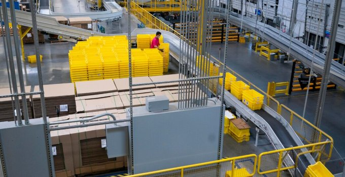 California Bill Could Alter Amazon Labor Practices
