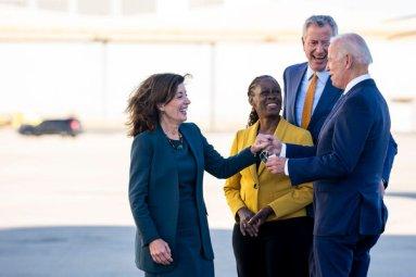 Gov. Kathy Hochul, accompanied by Mayor Bill de Blasio and his wife, Chirlane McCray, greeted President Biden last week in New York.