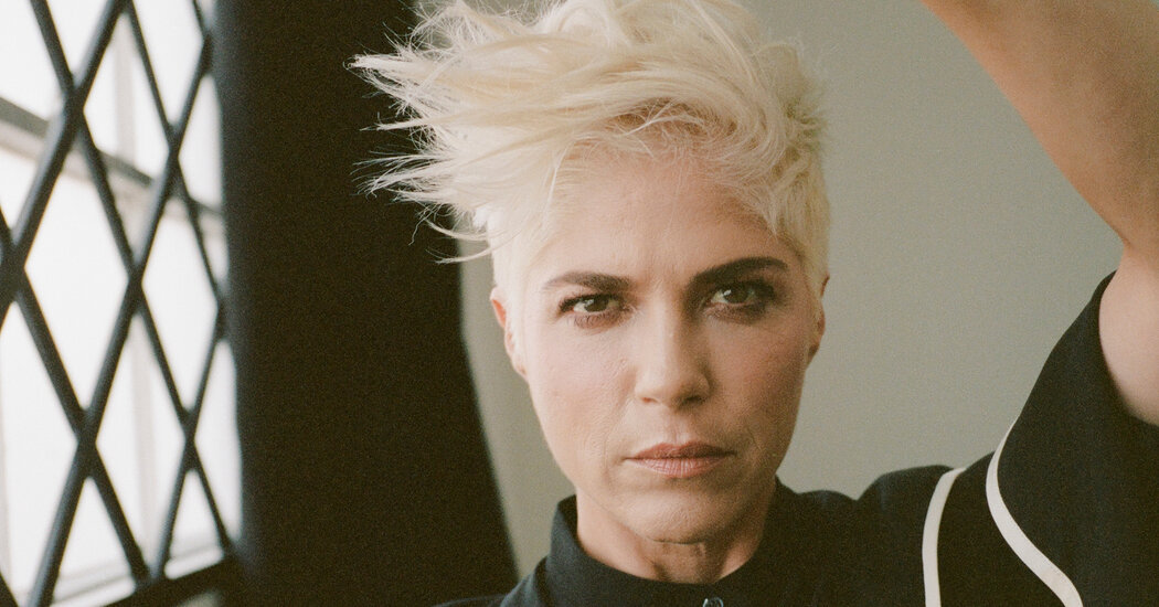 , Selma Blair Wants You to See Her Living With Multiple Sclerosis, Nzuchi Times National News