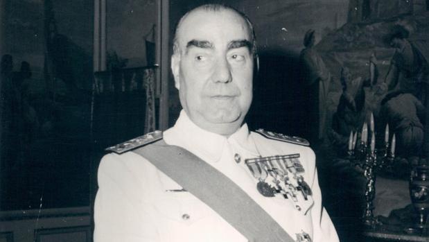 Resultado de imagen para foto del almirante Carrero Blanco,