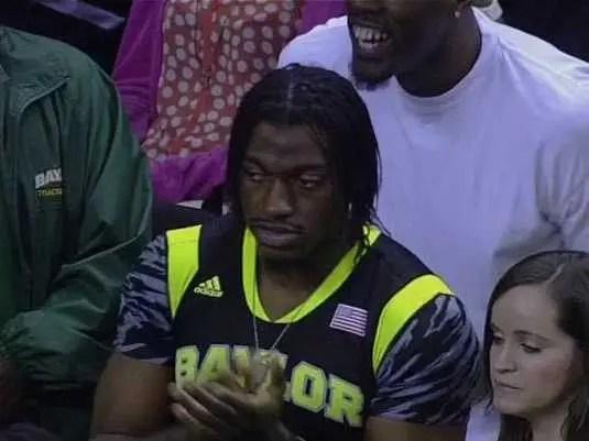 Guys Wearing Nfl Jerseys