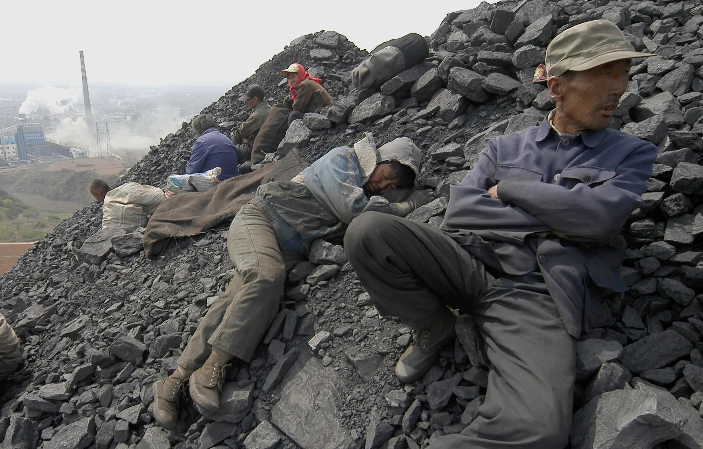 china coal mine workers
