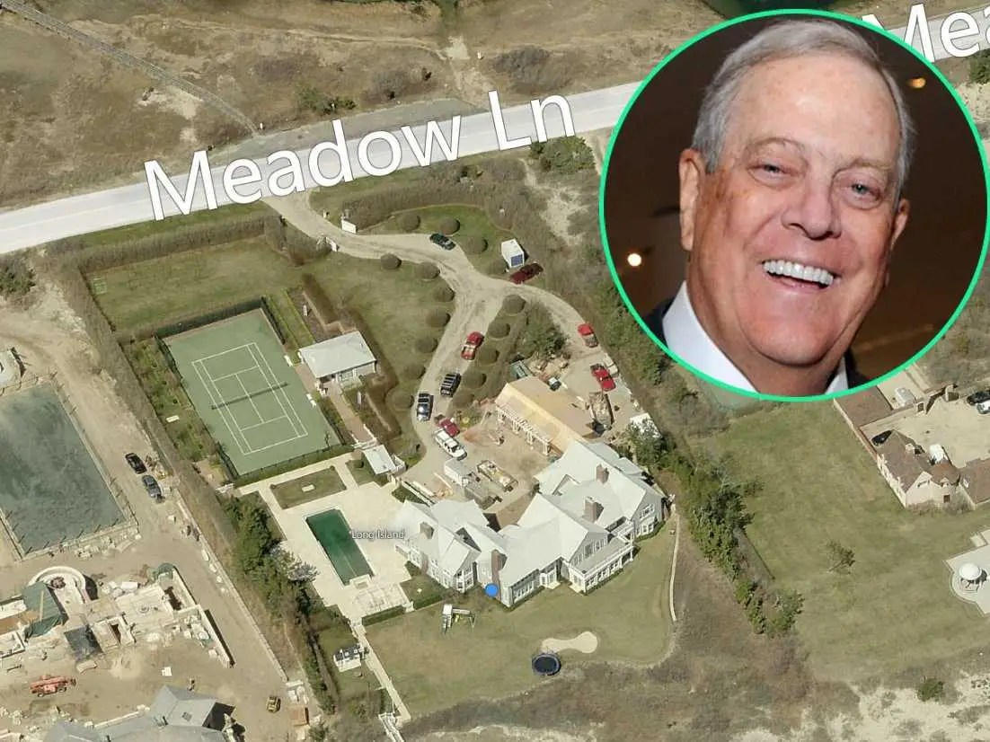 Nearby, billionaire David Koch of Koch Industries has a 7-bedroom mansion valued at $23.2 million. It has a tennis court and seaside pool. Not bad for #6 on the Forbes Rich list.