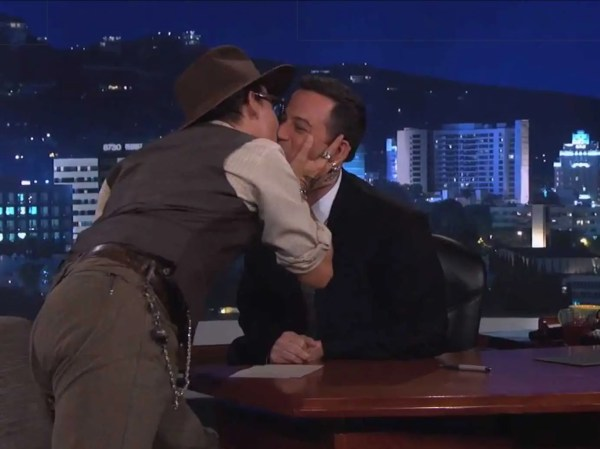 Johnny Depp Makes Out With Jimmy Kimmel - Business Insider
