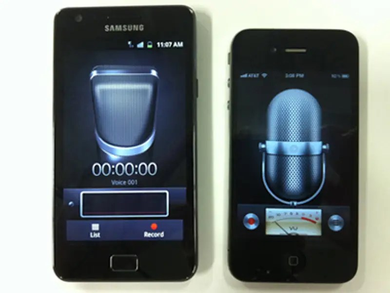 The voice recorder app on Samsung's Galaxy S II phone looked just like the one on the iPhone.