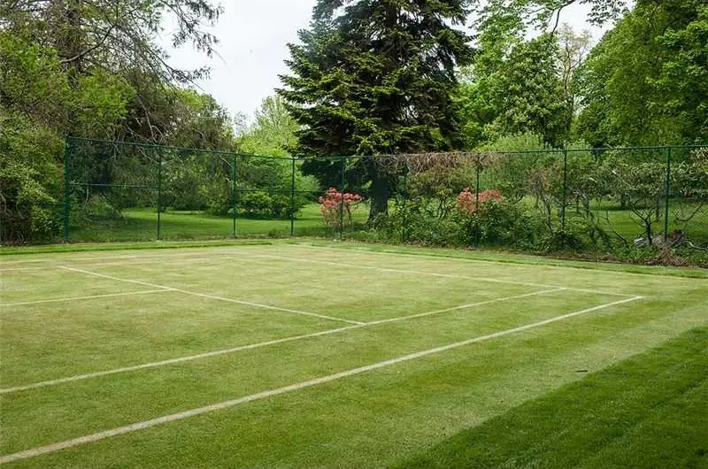 Or you could play a few rounds on the mansion's grass tennis courts.